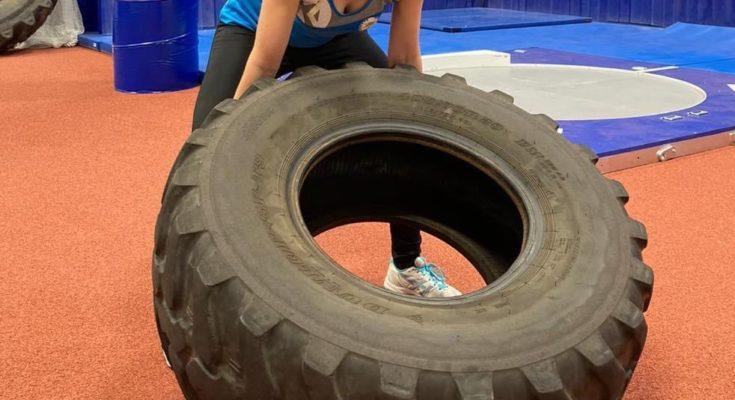 Charlotte Kaercher beim Athletiktraining am Olympiastützpunkt in Rostock